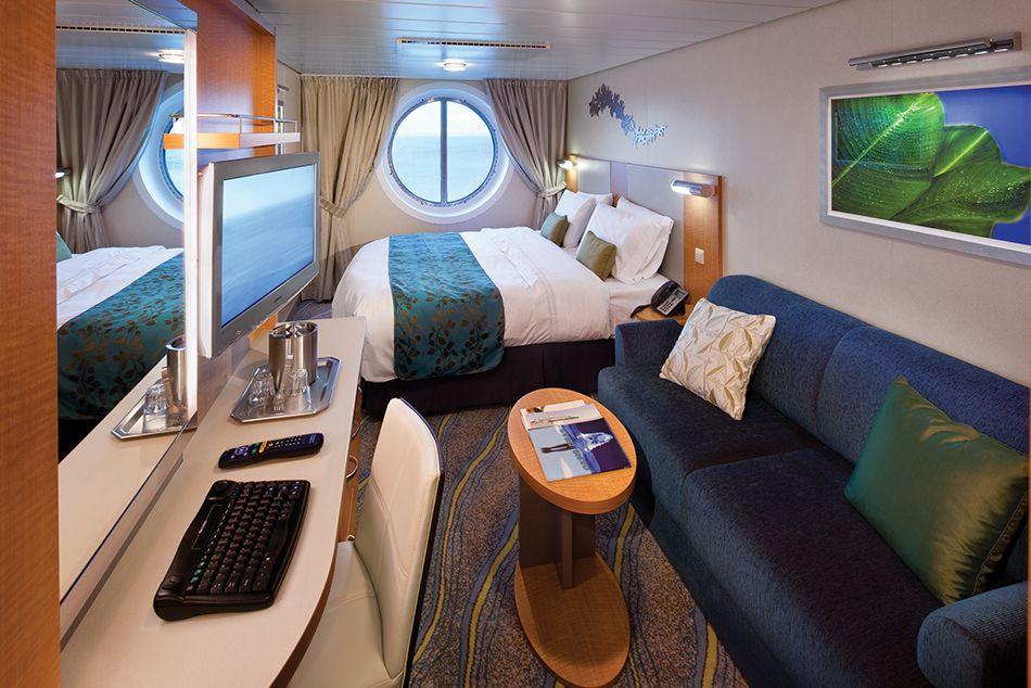 каюта с окном на круизном лайнере